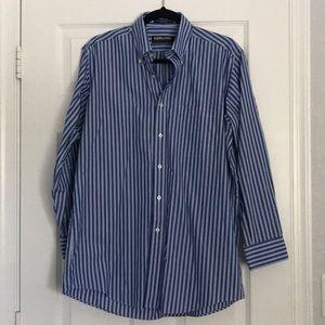 Kirkland Men's Large Dress Shirt